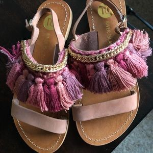River Island Tassle Sandals Size 6 New with tags💕